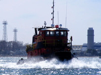 Tug Boat Underway - Boston